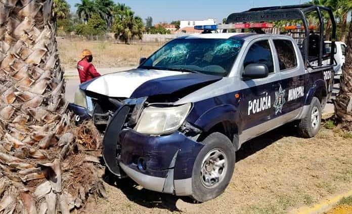 Policías se accidentan dos resultan lesionados
