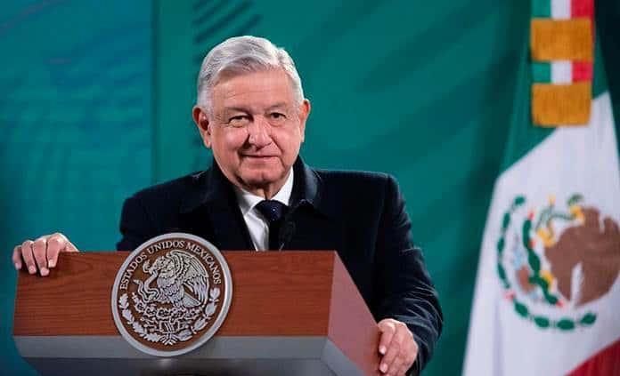Y mi palabra es la ley: el libro que retrata a López Obrador como El Rey