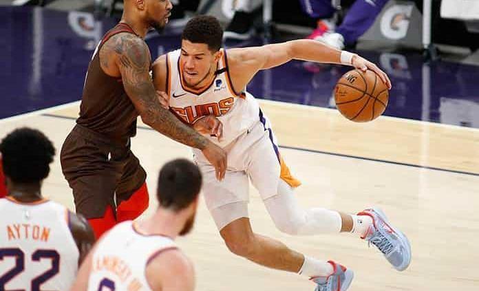 Con 34 puntos de Booker, Suns vencen a Trail Blazers