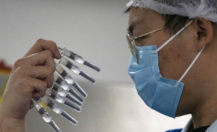China aprueba la comercialización de otras dos vacunas contra la covid