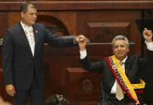 Partido de gobierno expulsa a presidente de Ecuador