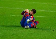 Piqué sufre solo un esguince en la rodilla derecha, reporta el Barça