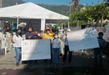 Morenistas protestan contra Mónica Rangel durante campaña en Tamazunchale