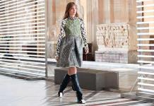 Louis Vuitton propone un viaje a través del tiempo en la pasarela de París