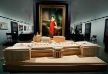Un cuadro, una bomba y una gorra: el Prado recorre su historia