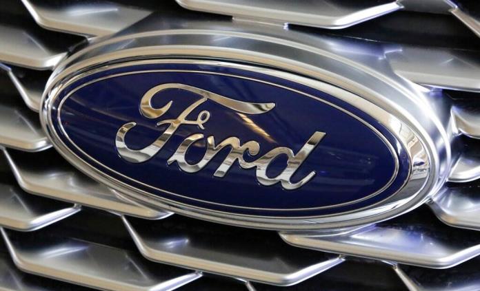 Ford construye pickups sin computadoras por falta de chips