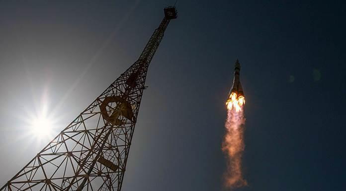 La nave dedicada a Gagarin llega a la Estación Espacial'>