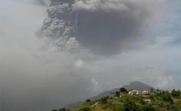 Erupción volcánica en San Vicente y las Granadinas cobra primera víctima