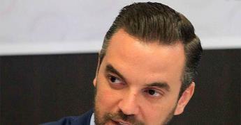 Detienen a exsenador Luis Lavalle Maury