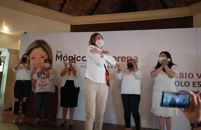 """Llevan """"acarreados"""" al mitin de Morena en Ciudad Valles"""