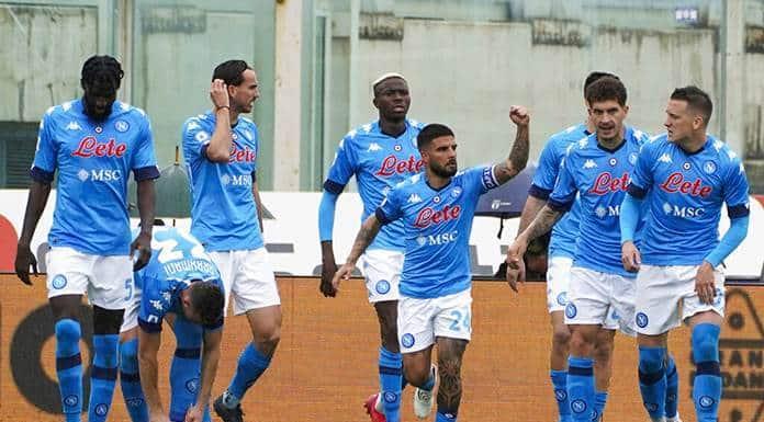 Nápoles conquista Florencia y está a un triunfo de la Liga de Campeones'>