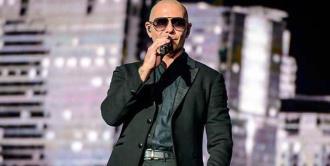 Pitbull de la pista de vuelta al escenario
