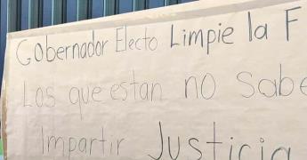 Víctimas demandan justicia ante Fiscalía