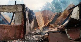 Incendio arrasa con viviendas en Cd. Valles