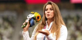 Atleta polaca subasta su medalla de Tokio para que niño sea operado en España