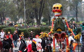 Turismo prevé la llegada de 410,000 turistas a México para el Día de Muertos