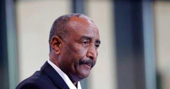 Los militares golpistas afirman haber liberado al depuesto primer ministro sudanés