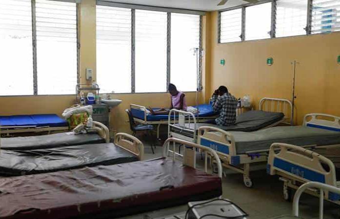 La falta de combustible en Haití deja fuera de servicio 50 centros sanitarios
